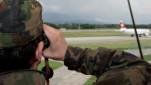 Armee übt am Flughafen