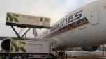 A380 wird von Gate Gourmet beladen