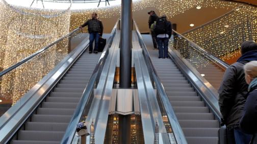 Neue Rolltreppe am Flughafen Zürich