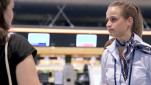 Airport Guides: sie helfen den Passagieren und sorgen für kurze Wartezeiten